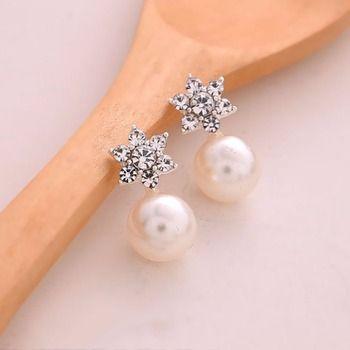1 Paire Classique De Luxe De Mariage Bijoux de Charme Élégant Cristal Flocon De Neige Perle Boucles D'oreilles Pour Les Femmes Engagement Cadeau #254417