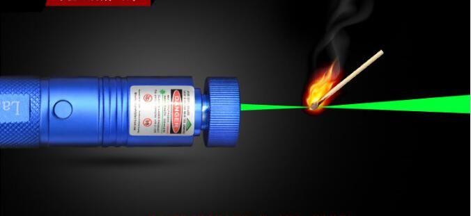Hot! Green Laser pointer 100000mw 532nm Flashlight Lazer burning SD Laser303 presenter Burn Matches & Light Cigarette+Safe key