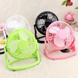 De haute Qualité En Plastique 4 pouce USB Fan Bureau Mini Ventilateur mini ventilateur 360 Degrés vers le Haut ou Vers Le Bas pour le Bureau ou À La Maison 4 couleurs