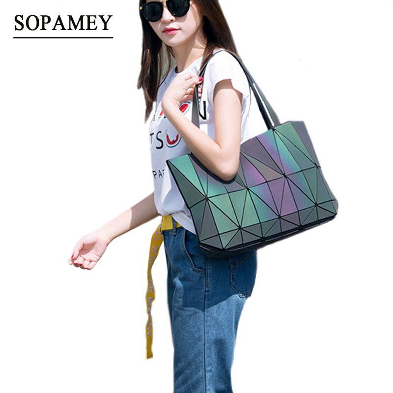 2017 New Women Shoulder Bags Geometry Totes Saser Plain Folding Hand Bags Luminous Handbags Women Famous Hologram Messenger Bag