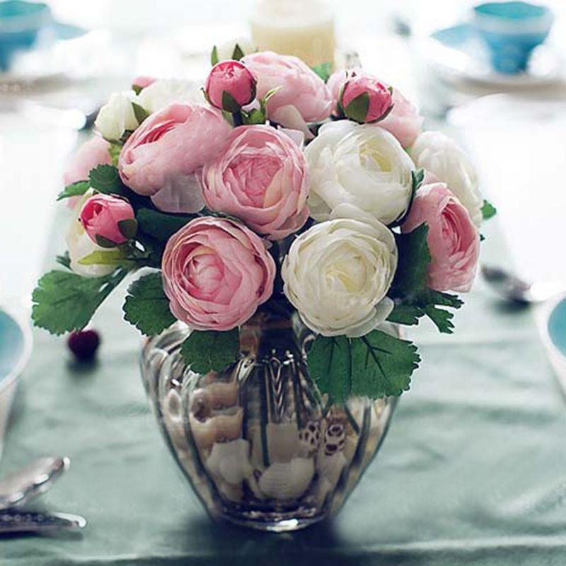 10 pièces En Soie Artificielle Fleurs De Camélia Mains Tenant Soie Fleur De Mariée Demoiselle D'honneur Bouquet Latex Véritable Touche Décor De Fête De Mariage