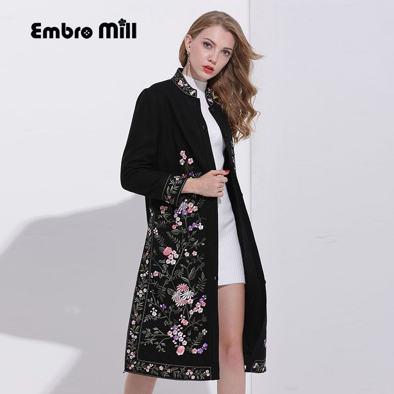 High-end winter trench coats for women vintage Elegant Floral woolen embroidery loose lady Christmas overcoat female M-XXXL