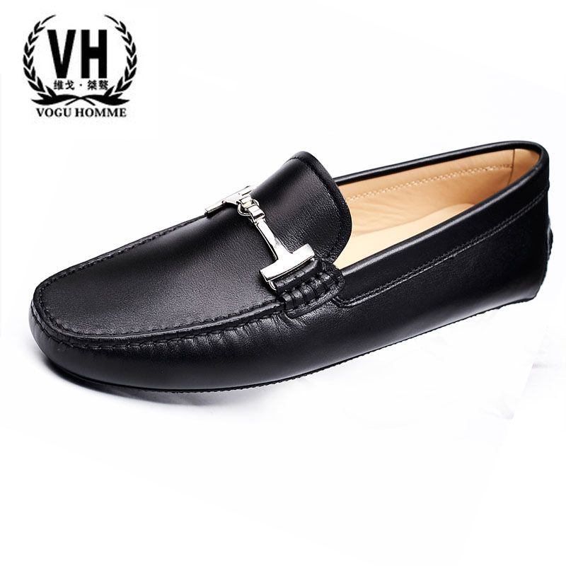 European station 17 years, leather, beans, shoes, youth, happiness,feet, British trends, casual driving shoes, sailing s