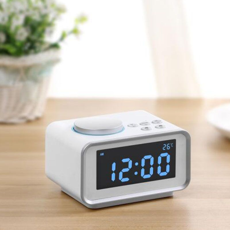 Multi-function FM Radio Alarm Clock Snooze Indoor Thermometer Dual USB Port Charger LCD Clock E2S