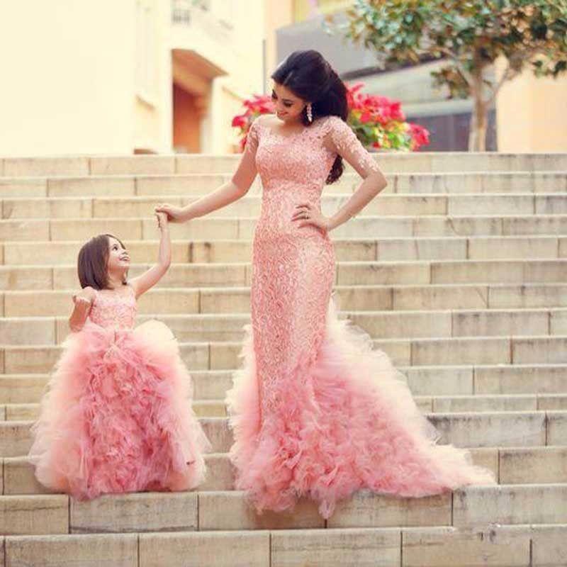 Мама и я комплект платья для мам и дочек Семья соответствующие Свадебные maix платье-пачка Обувь для девочек одежда летние платья праздничная...