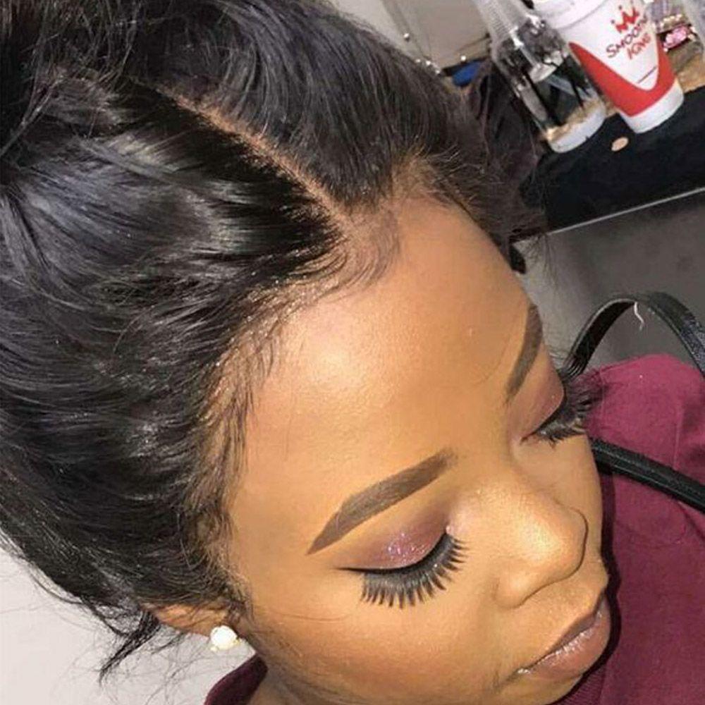 Perruque de cheveux humains avant de dentelle de vague de corps partie moyenne délié pré plumé avec des cheveux de bébé noeuds blanchis 4*4 inch perruque avant de dentelle
