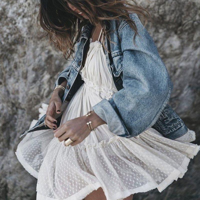Robe blanche d'été en dentelle femmes bretelles Boho robes plage dos nu robe de bal Hippie Chic Mini robe bohème vêtements pour femmes
