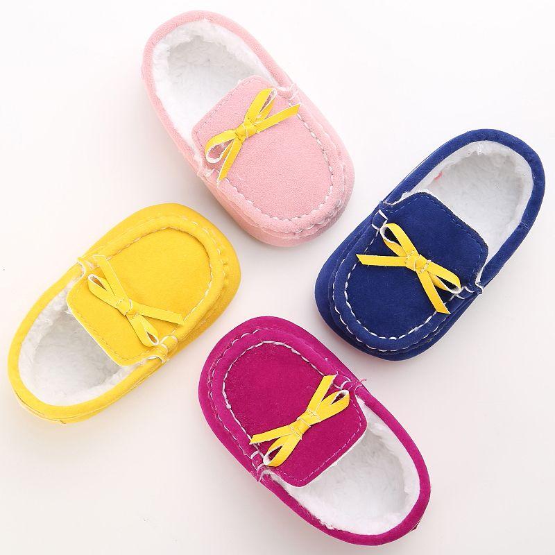 Теплые Обувь для младенцев Младенцы флис Сапоги и ботинки для девочек Мех животных малыша Спортивная обувь для девочек и мальчиков Мокасин...