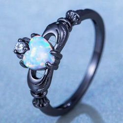 Charming Heart  Shape  Fire Opal Rings For Women Wedding Band Vintage Black Gold Filled White AAA Zircon Ring