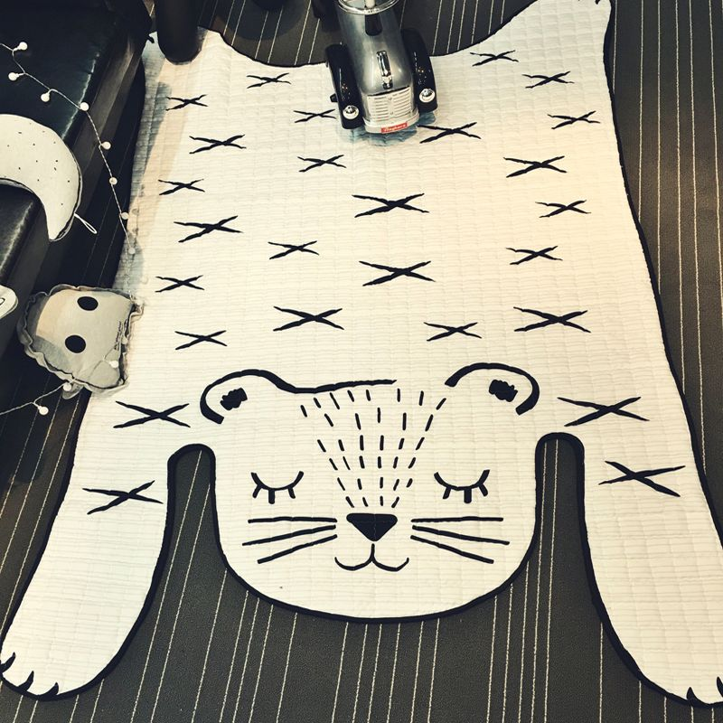 Non-slip White Tiger Rug Quilting Mat 130x185cm size Polyester fabric carpet parlor crawling mat for kids children