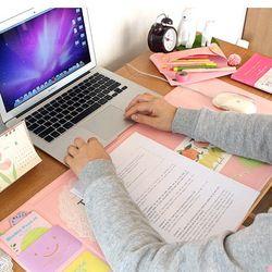 Mignon arc-en-bureau-école multi fonction Mensuel Bureau Pad papeterie, Kawaii en cuir bureau papeterie organisateur titulaire 705*320mm