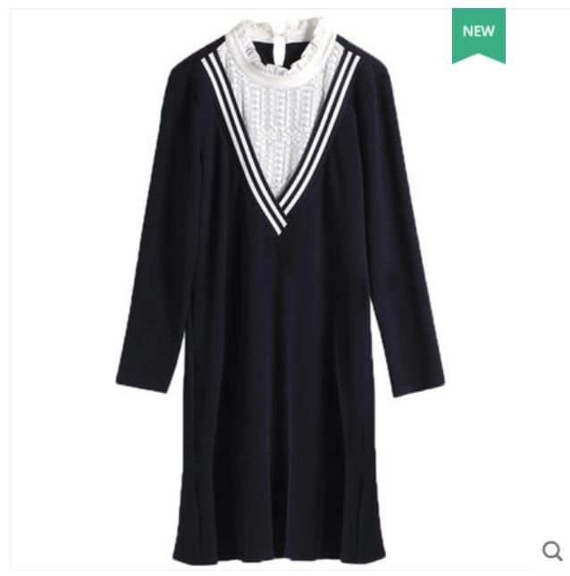 Plus-size women's dress 2018 new fat mm dress V collar lotus leaf edge shows thin spliced lace knitted dress