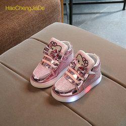 La moda de Nueva Primavera Otoño Niños Brillantes Zapatillas Niños Zapatos Chaussure Enfant Zapatos de Hello Kitty Con Luz LED 21-30