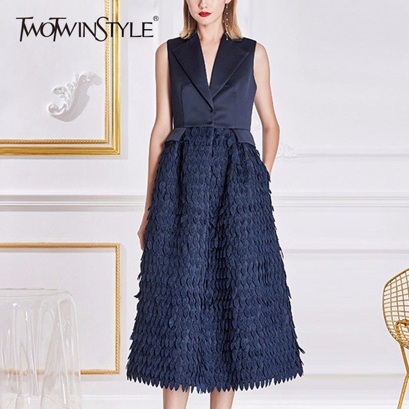 TWOTWINSTYLE Sleeveless Dress Women Lace Patchwork V Neck Tunic High Waist A Line Dresses 2018 Spring Elegant Lady Clothing