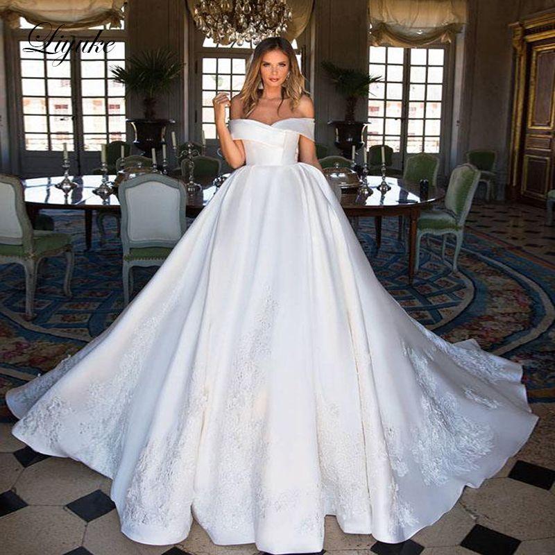 Liyuke Boot Ausschnitt Luxus Ball-Kleid Hochzeit Kleid Satin Stoffe Elegante Prinzessin Hochzeit Kleid