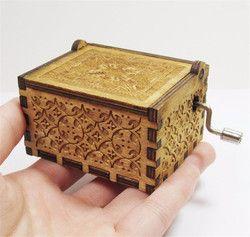Tema de madera caja de música de madera tallada Harry Potter caja de música manivela caja de música regalo de cumpleaños para la muchacha niños