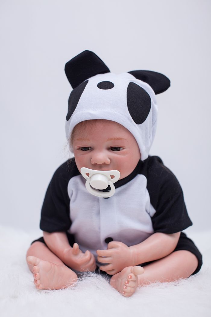 Soft Body Silicone Reborn Baby Dolls Toy Lifelike 50cm Exquisite Newborn Boys Babies With Magnet Mouth Play House Bedtime Toy