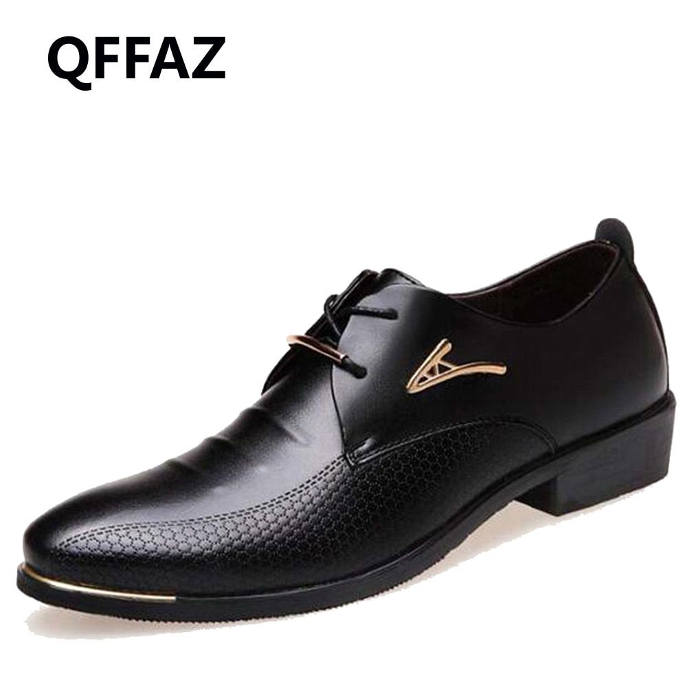 QFFAZ New Fashion Wedding Shoes Men Pointed Toe Oxfords Man Dress Leather Shoes Formal Zapatos Hombre Big size 38-48