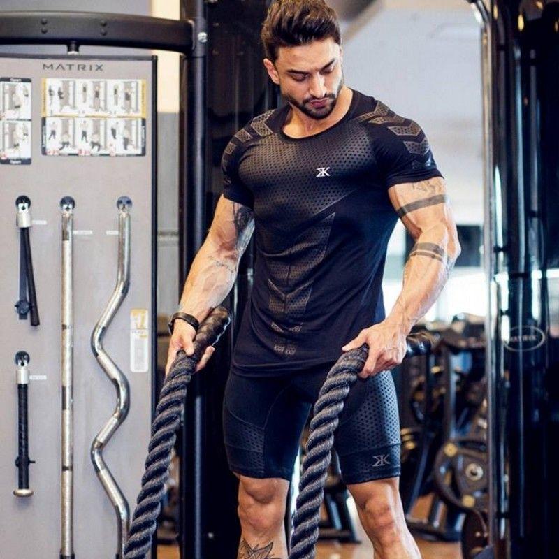 2018 été nouveau hommes gymnases T shirt Fitness musculation mode mâle court coton vêtements marque Tee hauts