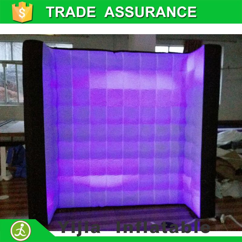 8ft black on back and white front led inflatable lighting wall for photo booth