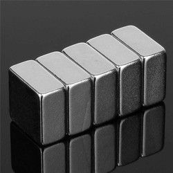 10 Pcs 10mm x 10mm x 5mm N52 Aimant Carré Rare Earth Néodyme Aimant 10x10x5mm Permenent Aimants