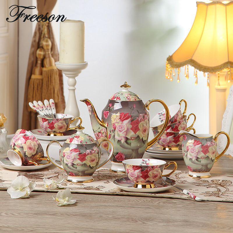 L'europe Vintage Rose Porcelaine Café Ensemble à Thé En Porcelaine Tasse Soucoupe Tasse En Céramique Pot Cruche Pot Théière Teatime Verres Cadeau
