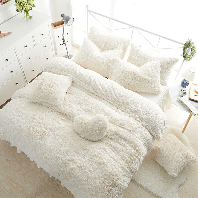 Solide Couleur Princesse Ensembles de Literie De Luxe 3/4/6/7 pcs Neige Blanc agneaux laine Lit Jupe Housse de couette Couvre-lit Draps Linge de Lit