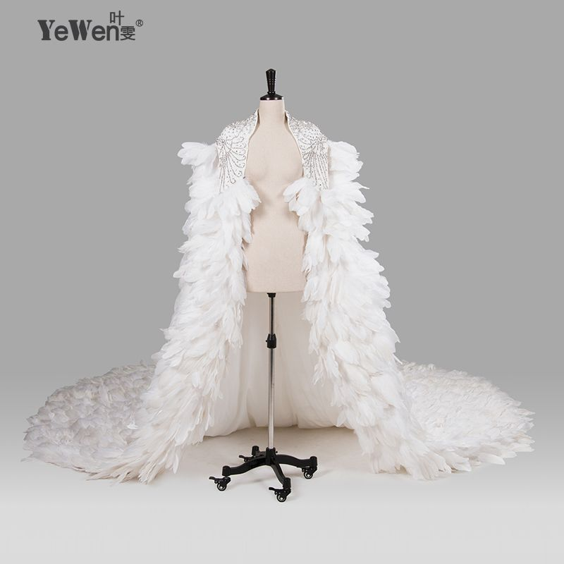 Ivory Wedding Wraps Elegant Beading Crystal Wedding Bolero Feather Wedding Jacket 2018 Wedding Accessories vestido de noiva