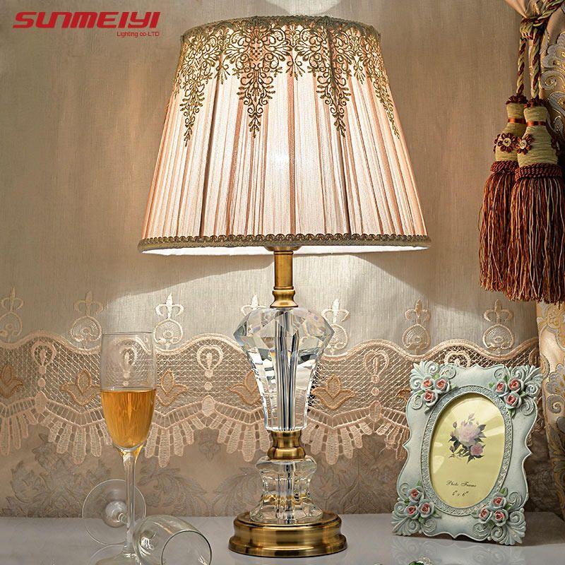 Lampe de bureau Led Lustre lampe de Table moderne lecture étude lumière chambre chevet lumières acrylique abat-jour éclairage de maison Design lampes