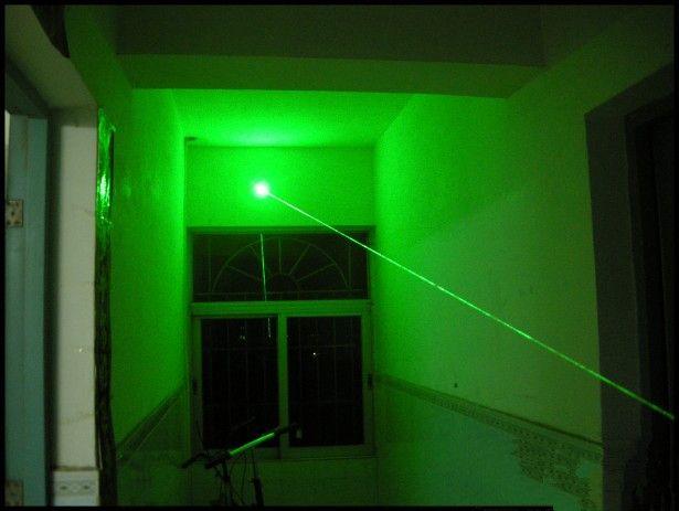 Leistungsstarke Grüne Laserpointer 5 MW 532nm Fokus Sichtbare Lehre Presenter Strahl Licht High Power Jagd Laser Anblick Gerät