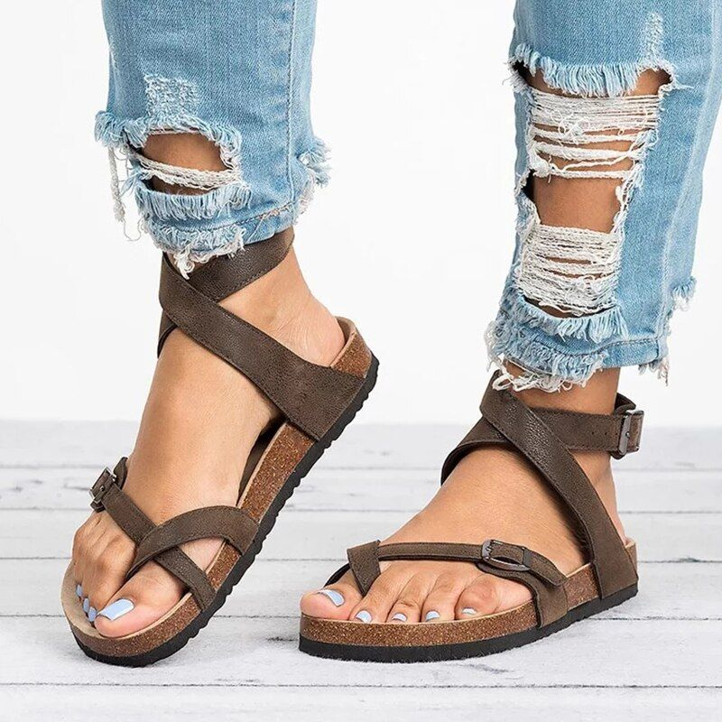 Basic Women Sandals 2019 New Women Summer Sandals Plus Size 43 Leather Flat Sandals Female Flip Flop Casual Beach Shoes Ladies