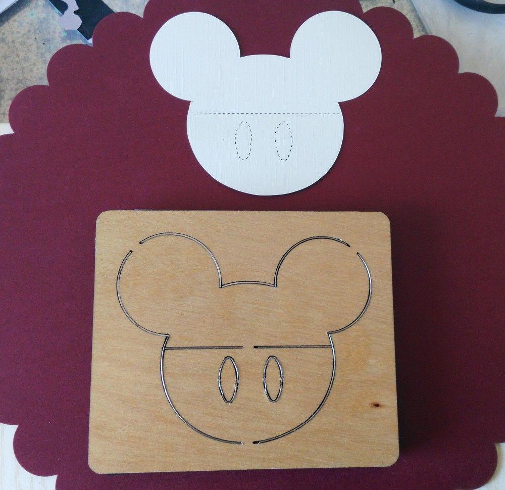 Mickey tête en bois découpe correspond à mon, nouveau