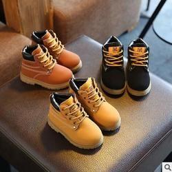 2017 Venta caliente del otoño invierno Niño botas de algodón casual niños antideslizante mantener caliente Martin nieve botas niños niñas zapatillas Zapatos de bebé