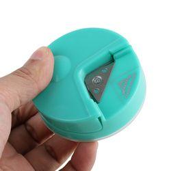 1 UNIDS R4 Corner Rounder 4mm Perforadora De Papel Herramienta del Cortador Scrapbooking Del Arte Tarjeta de álbum de Fotos de BRICOLAJE herramientas