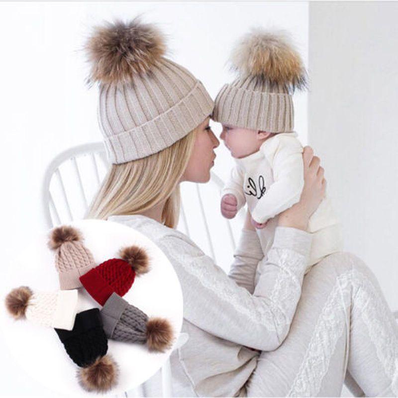 2018 2PCS/set Mom Mother+Baby Knit Pom Bobble Hat Kids Girls Boys Winter Warm Beanie Hats Accessories