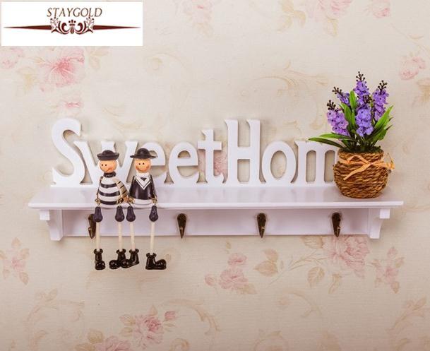 Lettres en bois Creux De Stockage Blanc Mur Crochet Key Holder Bois Porteurs De Stockage Plateau Décoration de La Maison 4 Crochets Diy 47*9*16.5 Cm