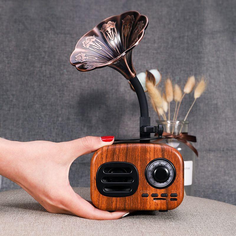 Rétro bois Portable Mini haut-parleur Bluetooth haut-parleur sans fil haut-parleur extérieur système de son TF FM Radio musique Subwoofer Q8