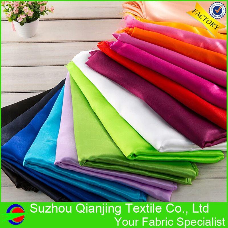 Polyester Satin Tissu Lisse Doux Brillant Teints 3 mètre Longueur Par Pièce pour la Doublure De la Robe Pyjamas De Noce Sac Chaise couverture