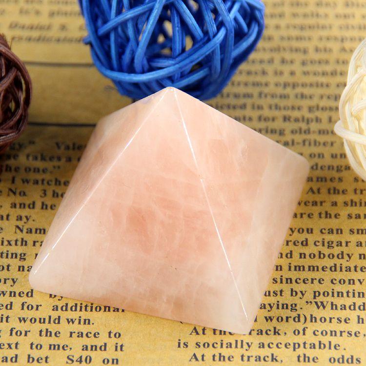 2015 Rose chaud cristal Rose quartz roche gravée 40mm 1.5 pouces pyramide pierre sculptée Chakra pierres guérison Reiki livraison gratuite