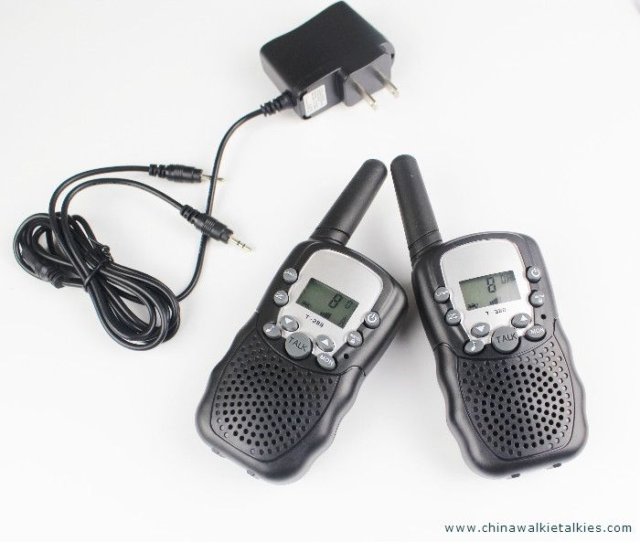 New handheld FRS GMRS walkie-talkies mobile radios 22CH VOX hand freeT388 portable radio CB walky talky direct buy china