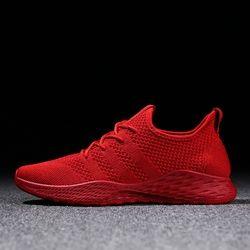 Hombres transpirable Zapatillas Zapatos masculinos adultos Rojo Negro gris alta calidad cómodo suave antideslizante malla hombres zapatos 2018 verano nuevo
