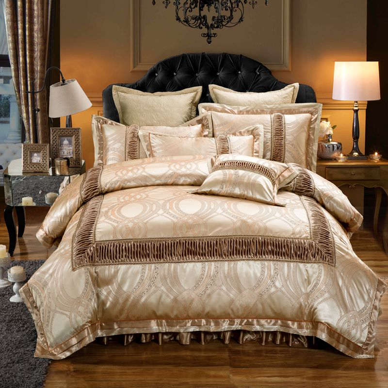 Golden Red Luxury Wedding Bedding set King Queen size Cotton Stain Jacquard Bed set Duvet/Quilt cover Thick Bed skirt set Pillow