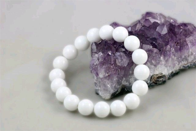free shipping White Onyx Stretchy Bracelet with 10mm Round Beads