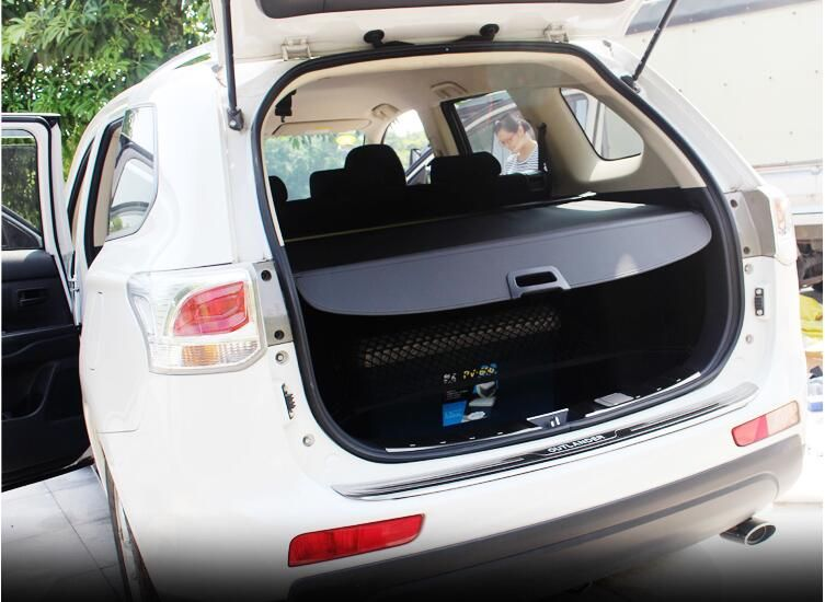 Car Rear Trunk Security Shield Shade Cargo Cover For Mitsubishi Outlander 2013 2014 2015 /2016 2017 2018 (Black beige)