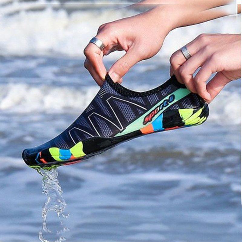 Baskets unisexe chaussures de natation Sports nautiques Aqua bord de mer plage surf pantoufles en amont lumière chaussures d'athlétisme pour hommes femmes