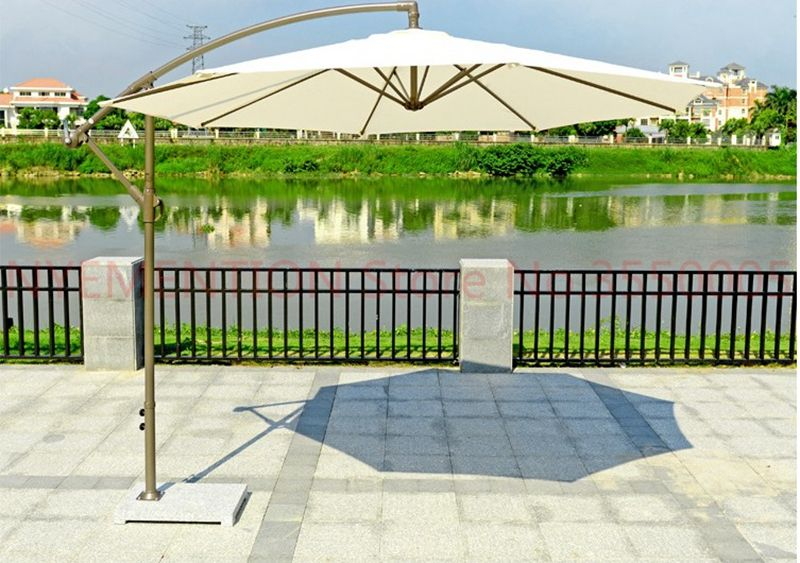 Beach/garden umbrella of big size, 3m diameter, used in balcony, garden, park, coffee shop, hotel, logo printing is available