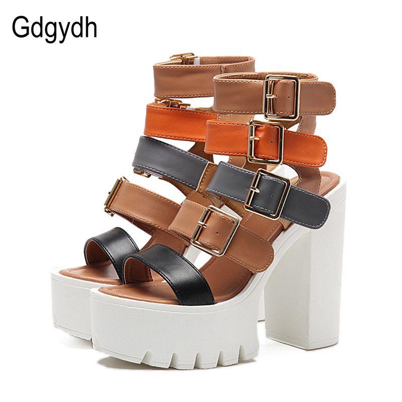 Gdgydh Femmes Sandales Talons hauts 2018 Nouveau D'été De Mode Boucle Femelle Gladiateur Sandales Plate-Forme Chaussures Femme Noir Taille 35-40