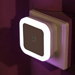 Contrôle Du Capteur de lumière Nuit Lumière Mini UE US Plug Nouveauté Carré Chambre lampe Pour Bébé Cadeau Romantique Lumières Colorées