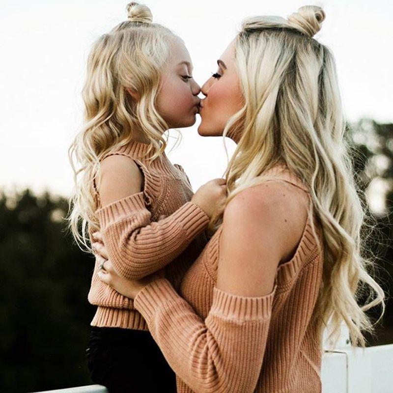 New2018 Семья одежда для матери и дочери; платье для мамы и дочки свитер с открытыми плечами с длинным рукавом Kintwear наряды