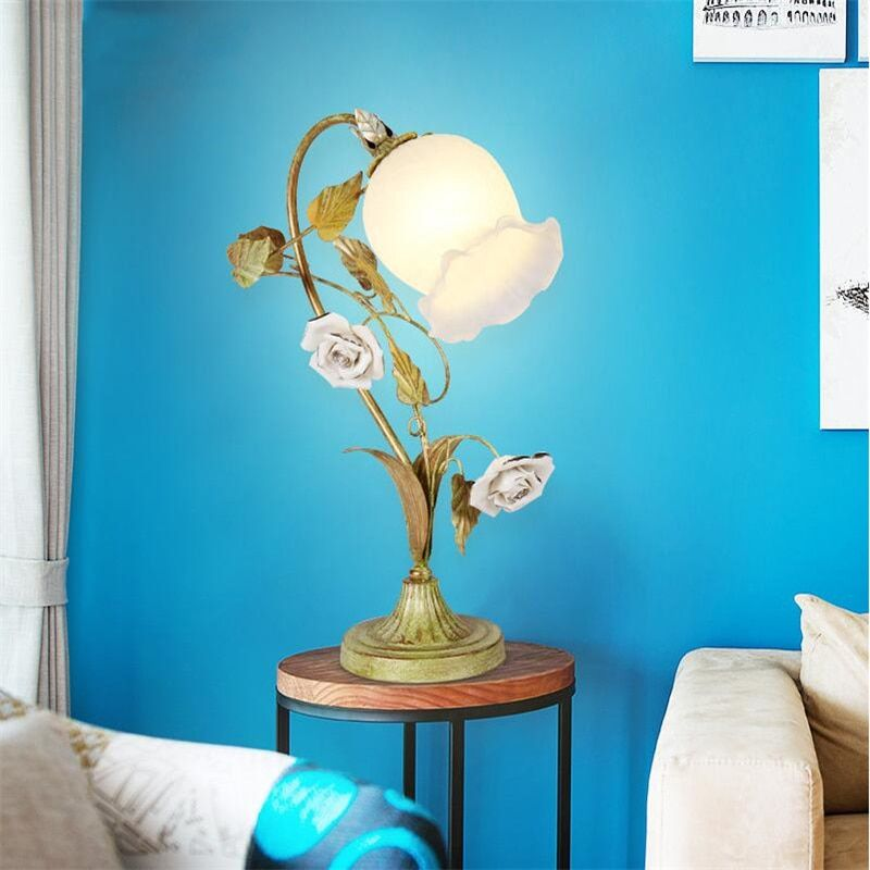 Korean Rustic Rural Iron Ceramic Rose Flower Wedding Marriage Room Bedroom Art Deco Bedside Desk Table Lamp Light Decorative